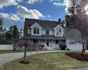 135 Sharon Ct, Bridgewater image