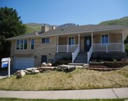 581 S Lakeview Way, Farmington image