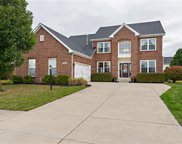 8685 Commonview  Drive, Mccordsville image