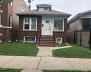 5522 West Schubert Avenue, Chicago image