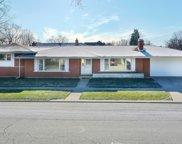 10200 Kedvale Avenue, Oak Lawn image
