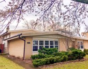2521 Victor Avenue, Glenview image