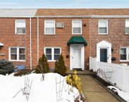166-53 22  Avenue, Whitestone image