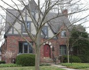 466 LINCOLN, Grosse Pointe image