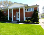 34140 Viceroy, Sterling Heights image