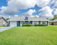 36 Lake Park Circle, Ormond Beach image