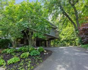 529 E Lake Front Drive, Beverly Shores image