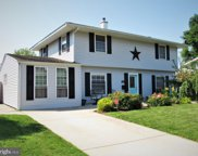 22 Turf Rd  Road, Levittown image