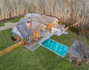 47 Old Orchard Ln, East Hampton image