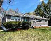 8 Lawrence Ct, Wilmington image