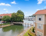 18009 Kings Point  Drive Unit #C, Cornelius image