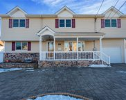 158 Myers Ave, Hicksville image