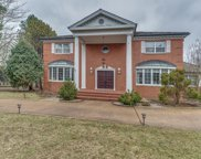 2140 Sunset Ridge Road, Glenview image