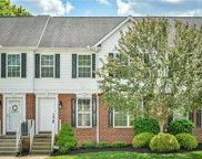 302 Lakeview Ct, Adams Twp image