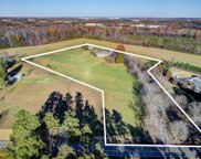 822 Gallimore Dairy Road, High Point image