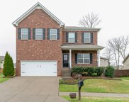 1058 Achiever Cir, Spring Hill image
