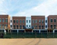 225 Burlington Avenue Unit #5, Clarendon Hills image