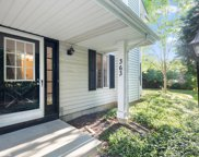 363 Coventry Court, Clarendon Hills image