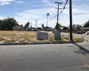 102 L, Bakersfield image