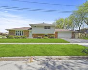 4963 135Th Place, Crestwood image