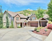 319 E Summerwood Dr S, Bountiful image