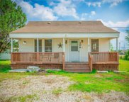 106 County Road 425, Spicewood image