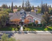 7505 Avenida Valedor, Bakersfield image
