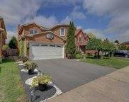 18 Fencerow Dr, Whitby image