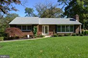 527 W Rolling Rd, Springfield image