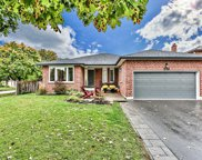 276 Geoffrey Cres, Whitchurch-Stouffville image