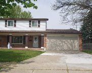 13529 Cloverlawn Dr, Sterling Heights image