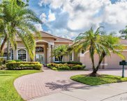 2530 Poinciana Dr, Weston image