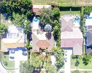 1088 Hunting Lodge Dr, Miami Springs image