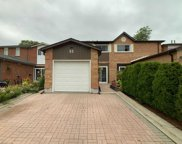 52 Ashcroft Crt, Vaughan image