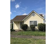 927 Holly  ST, Junction City image
