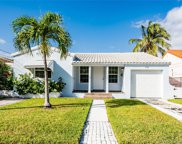 9532 Abbott Ave, Surfside image