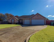 1404 Creek Circle, Edmond image