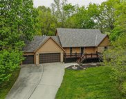 7608 Nw Forest Lakes Drive, Parkville image