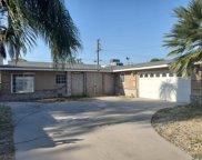 2216 Oakwood, Bakersfield image