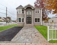 19 Myers Ave, Hicksville image