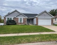 2804 Wilshire Valley Drive, St Charles image