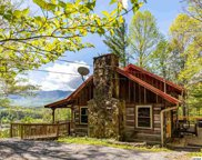 129 Mountain Retreat Rd, Townsend image