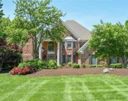 6 Kingspointe Lake Ct, Chesterfield image