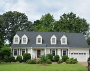 912 Wynngate Drive, South Chesapeake image
