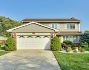 401 Lotus Lane, Glenview image