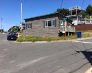 1614 Harbor Ave Nw, Lincoln City image