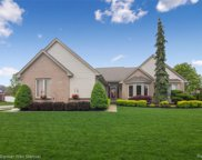 6940 Baytree Crt, Shelby Twp image