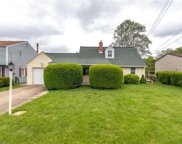 613 Hickory Dr, Hopewell Twp - BEA image