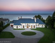 984 Lake Shore Rd, Grosse Pointe Shores image