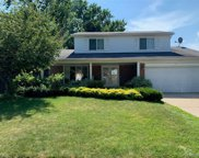 38739 Pinebrook Dr, Sterling Heights image